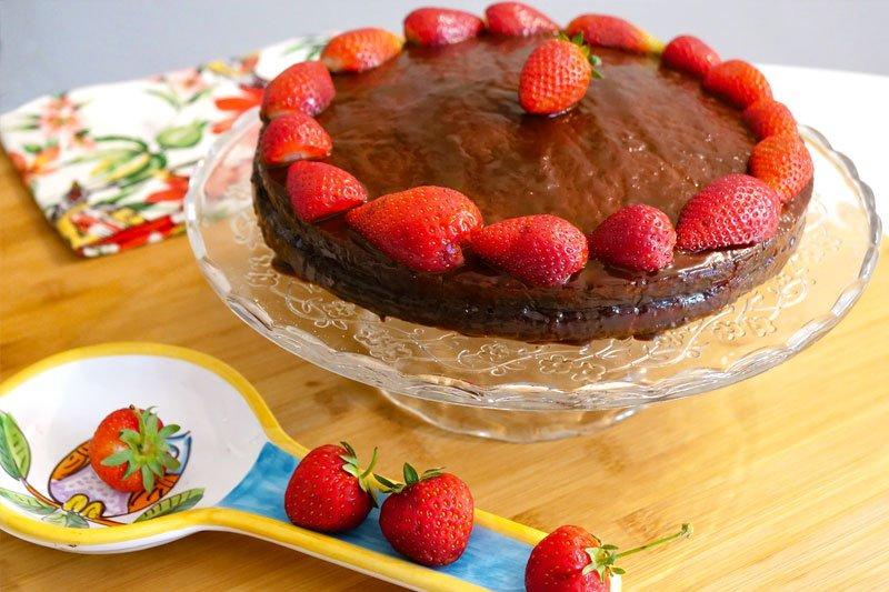torta-al-cioccolato-e-fragole